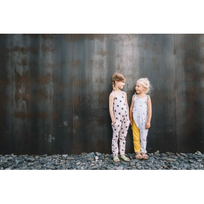 patron couture enfant fille  combinaison HOPPE  Anglais straightgrain
