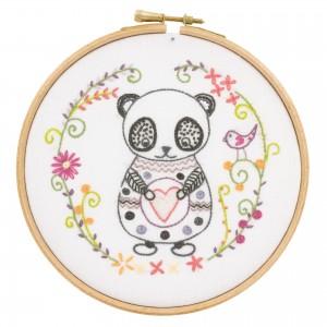 Sacha le Panda  kit à broder un chat aiguille